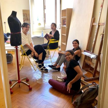 Faculty of Art students in the Florence Studio. Photo: Anda Kubis.