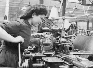 womens_factory_war_work_at_slough_training_centre_england_uk_1941_d3628