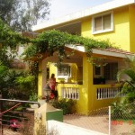 Yellow House_rural_front