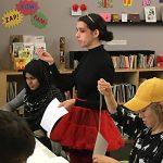 Jazmin Cordon-Ibanez instructing students